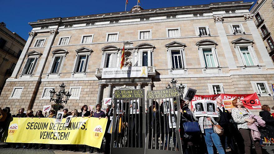 Η Βαρκελώνη «βράζει» από τη δίκη των αποσχιστών