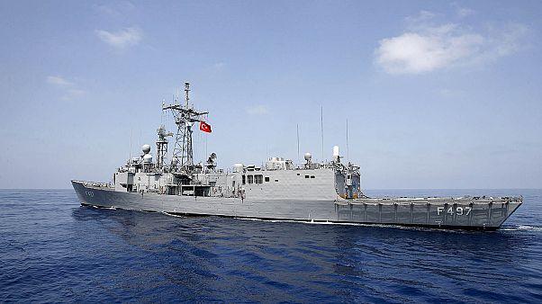 ΥΠΑΜ Τουρκίας: «Θα προστατέψουμε τα ερευνητικά μας πλοία και πλατφόρμες στην αν.Μεσόγειο»