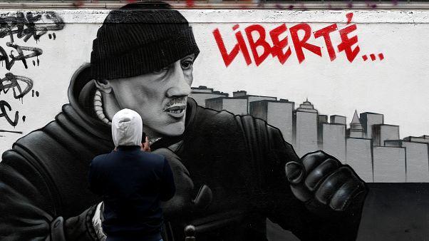 Gelbwesten-Schläge gegen Polizisten: Gefängnisstrafe für Ex-Boxer