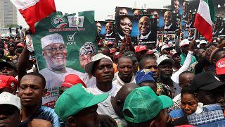 Nigéria: kampányhajrá tragédiával