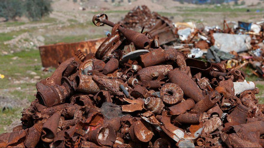 حشدالشعبی چگونه با تجارت ضایعات آهنی مانده از جنگ با داعش ثروتمند شده؟