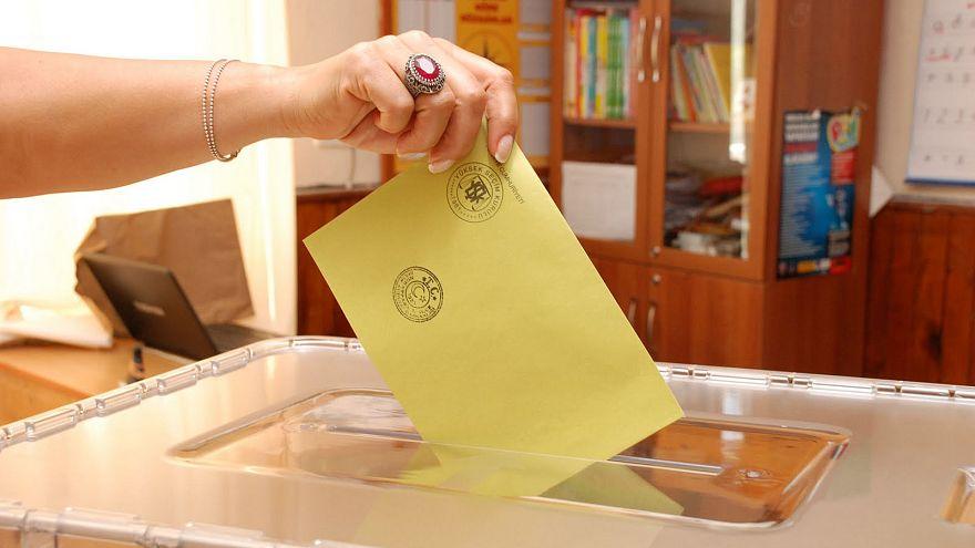 2014 Yerel seçimlerini anket şirketleri doğru tahmin edebildi mi?