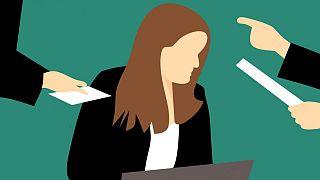 Fransa'da kadınları hedef alan 'LOL Cemiyeti'nin gazeteci üyeleri işlerini kaybetti