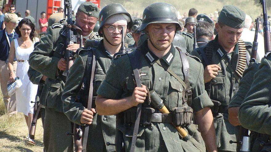 Aufschrei nach Einladung zum Karneval in Wehrmachtsuniform