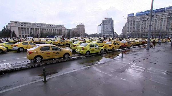 Bukarest: taxistüntetés az Uber ellen