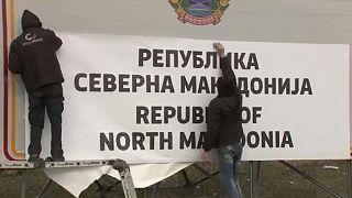 Észak-Macedónia: országszerte cserélik a feliratokat
