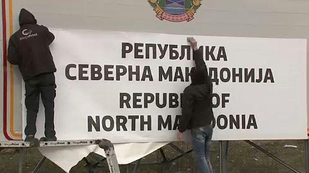 Macedonia del Norte renueva todas sus señalizaciones con su nuevo nombre