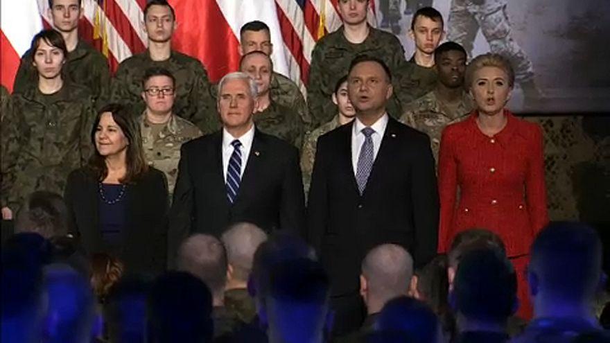 Amerikai rakétarendszert vásárol Lengyelország