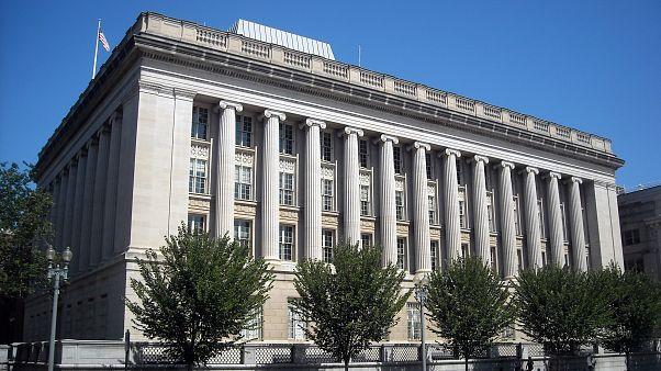 وزارت خزانه داری آمریکا ۹ فرد و ۲ شرکت ایرانی را تحریم کرد