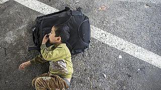 toplama kampında uygur çocuk