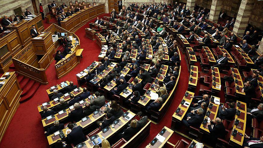 Σε υψηλούς τόνους Τσίπρας-Μητσοτάκης για την Συνταγματική αναθεώρηση