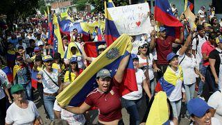 """مبعوث واشنطن لفنزويلا: إن """"عاصفة تختمر"""" داخل حكومة مادورو ستؤدي للإطاحة به"""