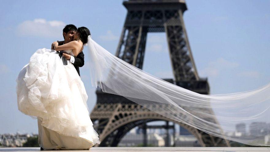 Türkiye'de evlenme oranı düşüyor, Avrupa ülkelerinde durum ne?