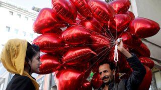 Ein bissl pervers? 10 seltsame Tweets am Valentinstag