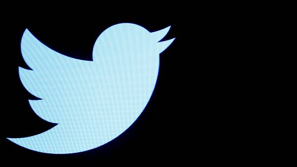"""Ministero agì per """"assecondare"""" il tweet del Ministro, condannato a risarcire"""
