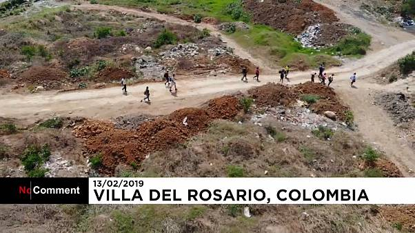 Drone shows images of Venezuelans crossing to Colombia illegally
