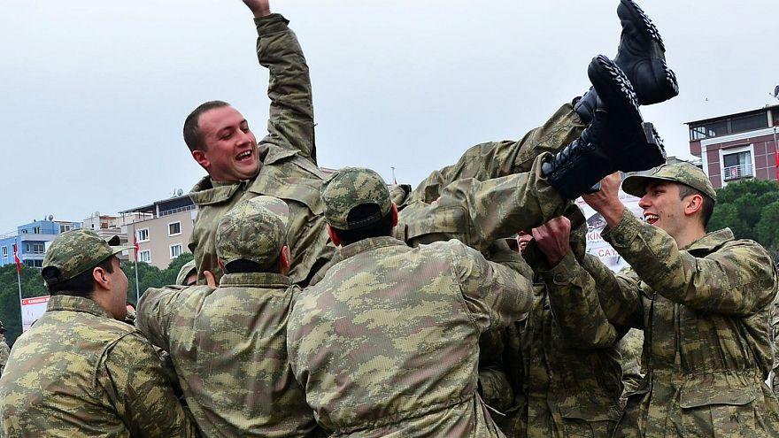 Askerlikte 'Bedelli' kalıcı hale geliyor, yaş sınırı kalkıyor