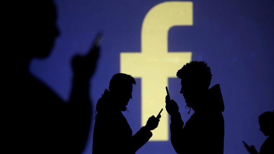 Kamuprofilokat törölt a Facebook Moldovában