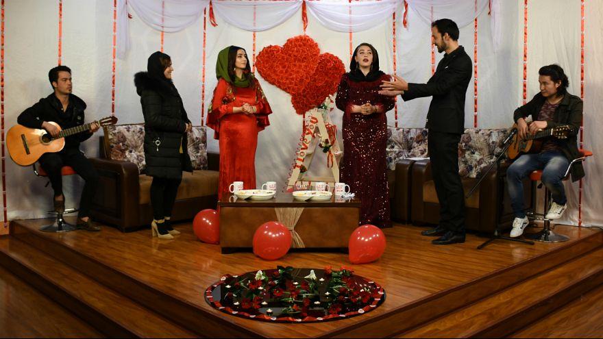 ولنتاین و چالشهای مردم افغانستان برای جشن «روز عشاق»