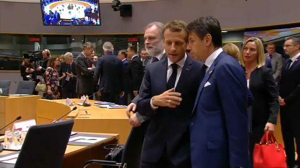"""Eurodeputados explicam """"arrufo"""" entre França e Itália"""
