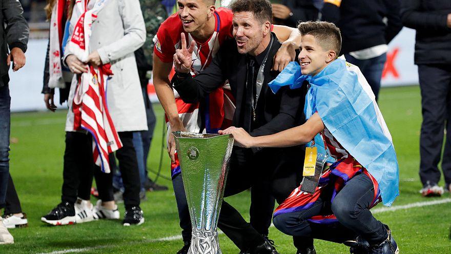 Simeone amplía su contrato con el Atlético de Madrid