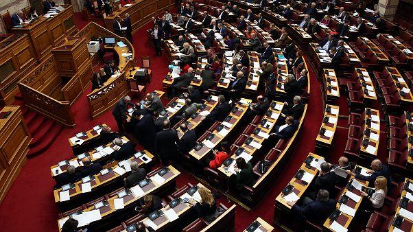 Υπερψηφίστηκε το άρθρο για την θρησκευτική ουδετερότητα του κράτους