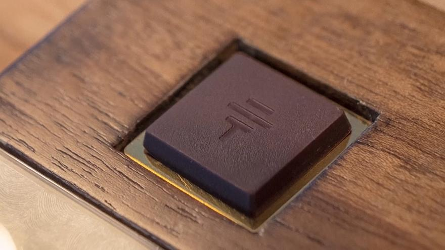Video | Elli gramı 3 bin TL'ye satılan 'dünyanın en pahalı çikolatası'