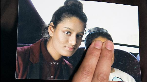 ISIS bride Shamima Begum 'receiving legal aid' for battle to return to UK