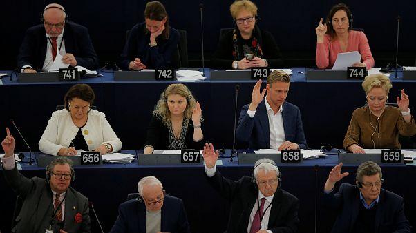 """""""Il y a le feu à la maison Europe"""""""