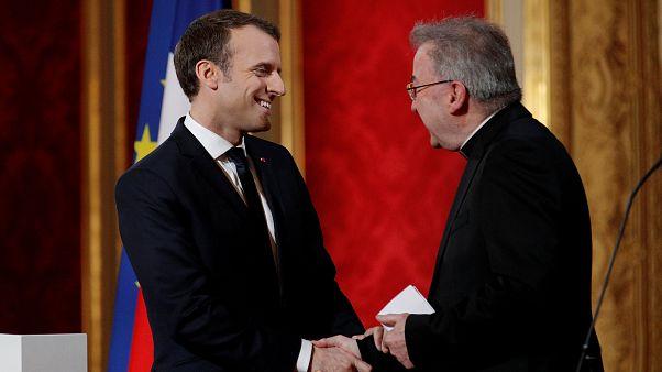 Fransız bir erkeğe 'cinsel saldırı' ile suçlanan Vatikan Paris Büyükelçisi'ne soruşturma