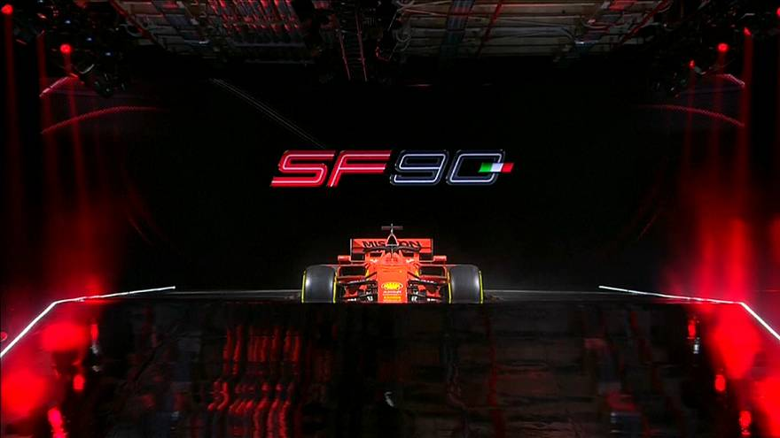 F1: Ferrari, svelata la nuova monoposto SF90