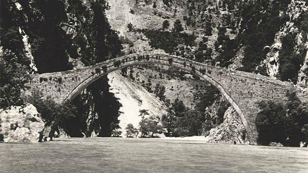 Κοιλάδα του Αχελώου: Αντίστροφη μέτρηση για την αναστήλωση της Γέφυρας Κοράκου