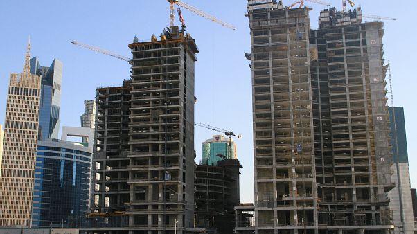 أبراج تحت الانشاء في العاصمة القطرية الدوحة