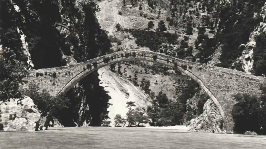 Греция: время восстанавливать мосты