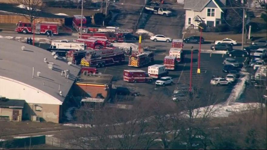 Több embert lőtt le egy ámokfutó Chicago közelében