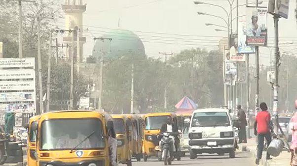 Nigéria adia eleições