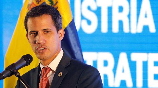Mike Pence: AB Juan Guaido'yu Venezuela'nın meşru lideri olarak tanımalı