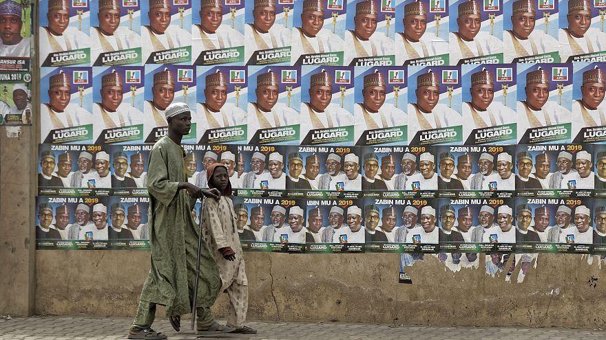 Nijerya'da devlet başkanlığı seçimleri ertelendi, güvenlik endişesi arttı