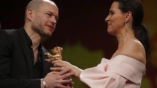 Μπερλινάλε: Στα «Συνώνυμα» του Ναντάβ Λαμπίντ η Χρυσή Άρκτος