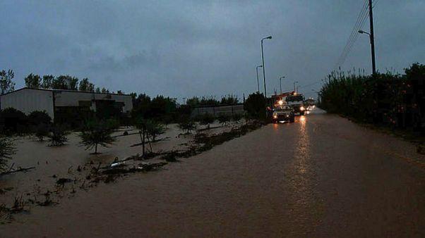 Κρήτη: Αγωνία για τους 4 αγνοούμενους-Παρασύρθηκε το αυτοκίνητό τους