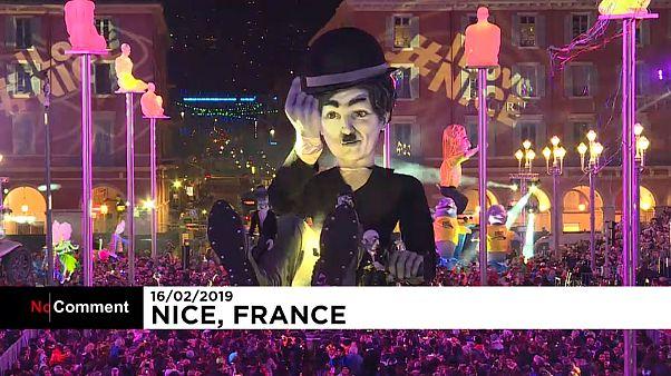 Εντυπωσιακή εκκίνηση στο καρναβάλι της Νίκαιας