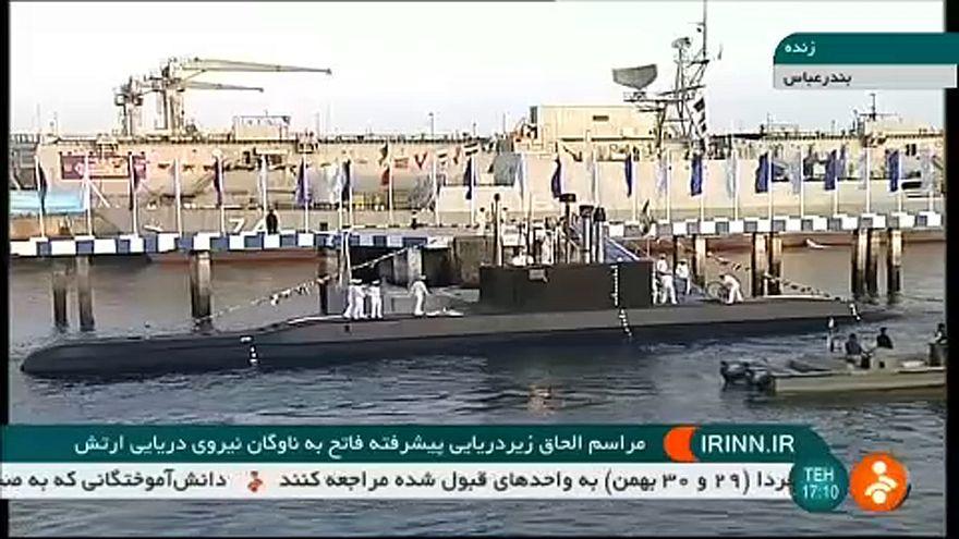 İran yüksek seyir füzeleriyle donattığı yerli denizaltını tanıttı: ABD üsleri menzilde