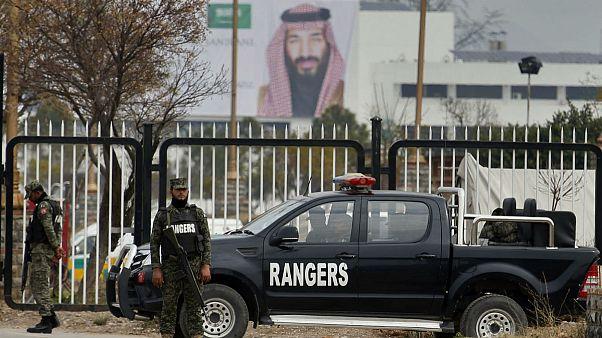 محمد بنسلمان در میان تدابیر شدید امنیتی وارد اسلامآباد شد