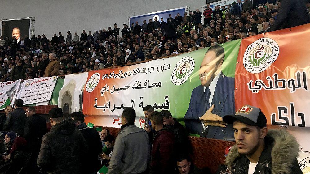 Cezayir: 81 yaşındaki Bouteflika'nın 5. dönem başkanlık adaylığına tepkiler büyüyor