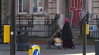El controvertido retorno de una británica que huyó a Siria