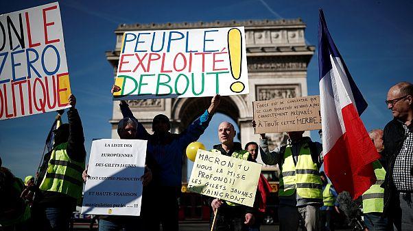 Fransa'da bir grup Sarı Yelekli'nin, Yahudi karşıtı açıklamalarından sonra bölünme artıyor