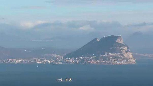 البحرية البريطانية تبعد سفينة حربية إسبانية من مياه جبل طارق