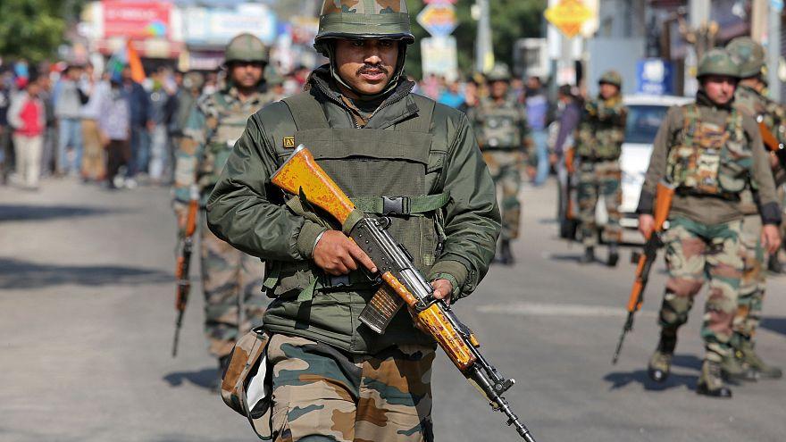 Κλιμακώνεται η ένταση ανάμεσα σε Ινδία και Πακιστάν