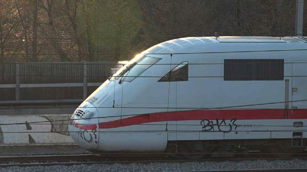 ICE bei Basel entgleist - 240 Personen evakuiert