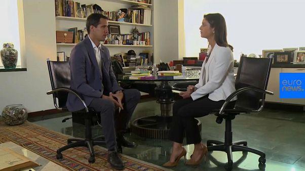 Guaidó dice que no tiene miedo de que su vida o su libertad estén en peligro